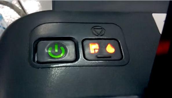Máy in Epson L110 nháy 2 đèn đỏ